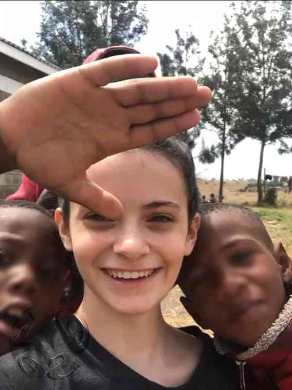 Maya helps disadvantaged children Africa - DonationSmile