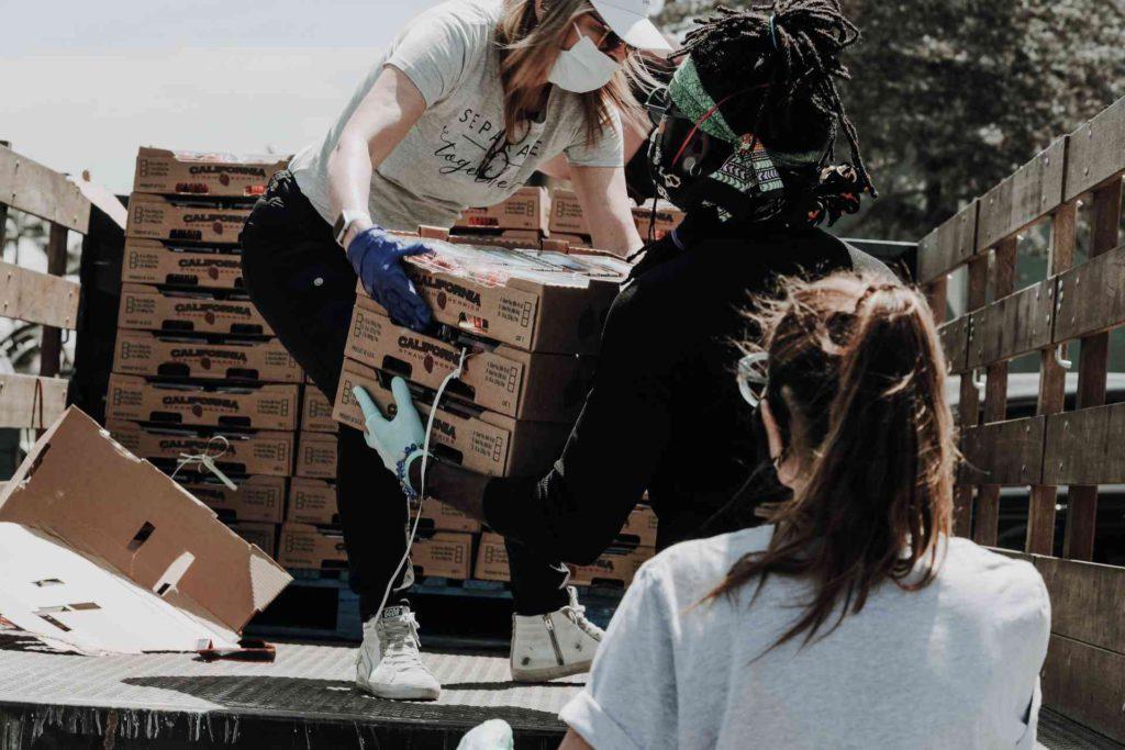 Volunteers Donate Food As Humanitarian Aid